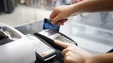 Mất tiền vì thói quen đưa thẻ tín dụng cho nhân viên nhà hàng quẹt hộ