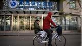 Phụ nữ Trung Quốc giàu có chi đậm để mua tinh trùng người da trắng