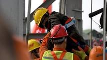 Toàn cảnh cuộc giải cứu 11 thợ mỏ kẹt dưới lòng đất hai tuần