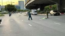 Tông người đi xe máy tử vong rồi bỏ chạy ở Hà Nội