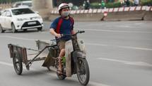 """Trường hợp nào được Hà Nội """"tặng"""" 4 triệu đổi xe máy mới?"""