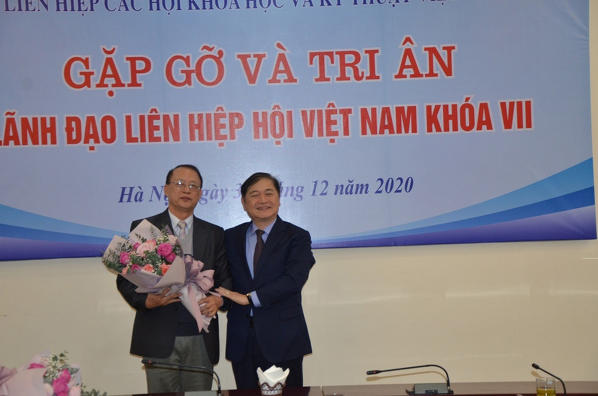 "[e-Magazine] TS Pham Van Tan: Ky vong VUSTA tro thanh ""san"" tri thuc tam voc"