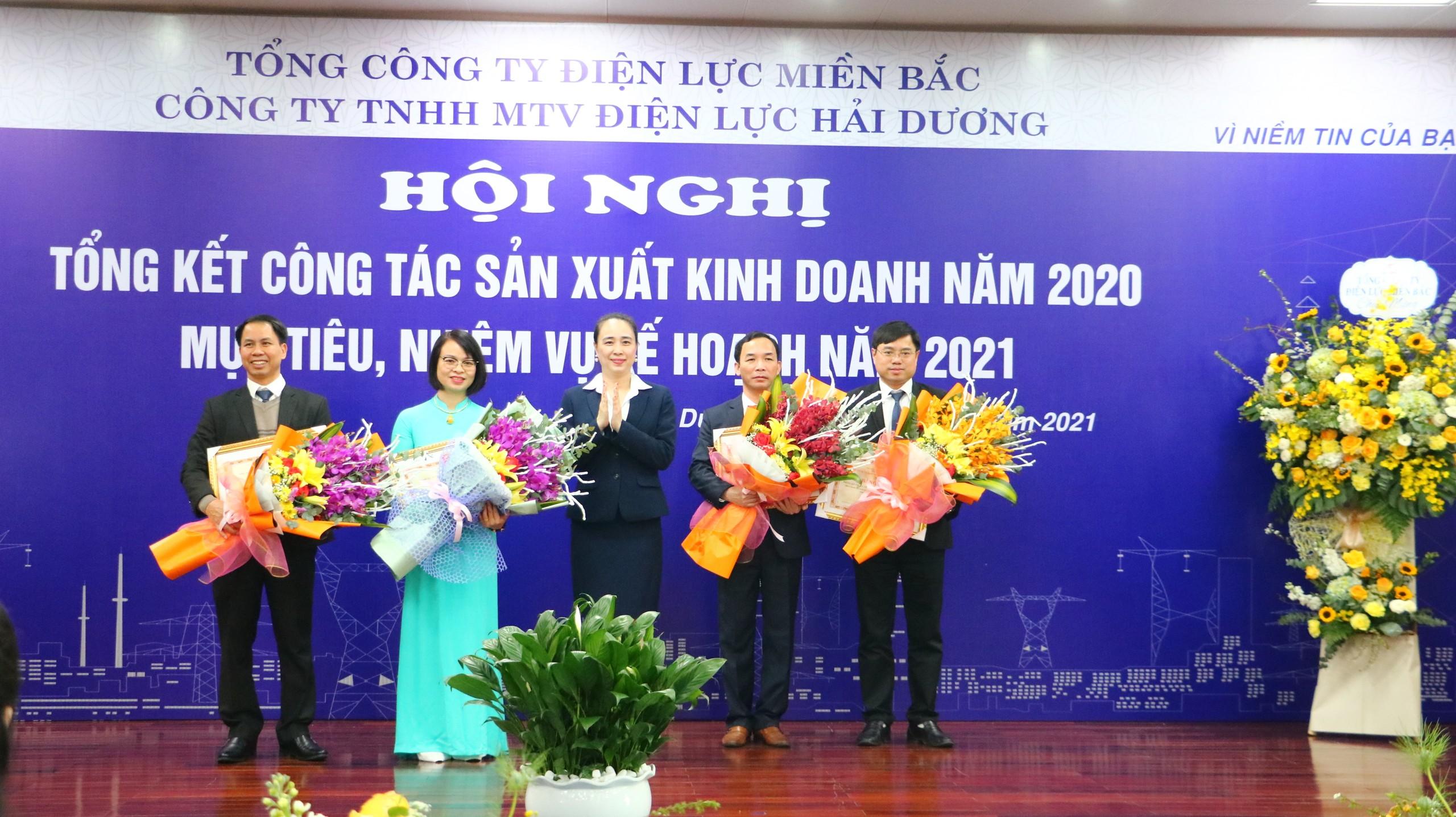 PC Hai Duong dot pha trong cac chi tieu SXKD nam 2020-Hinh-4