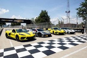 Ngắm xe thể thao Corvette Stingray 2022, giới hạn chỉ 1000 chiếc