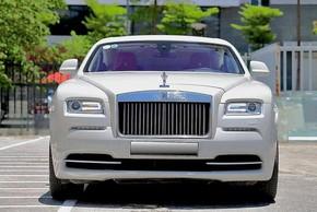 """Rolls-Royce Wraith mới chạy 6 năm, đại gia Hà Nội """"bay"""" hơn 8 tỷ"""
