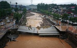 Mưa lũ kinh hoàng ở Trung Quốc: Thiệt hại gây sốc