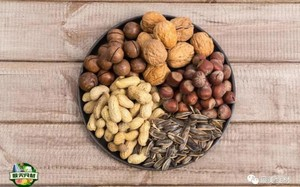 Thực phẩm chứa chất độc mạnh hơn thạch tín, chần nước nóng không hết