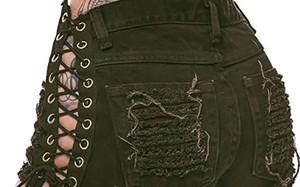 """Mặc jeans buộc dây hở lỗ chỗ, gái xinh khoe body """"nét căng"""" gây bấn loạn"""