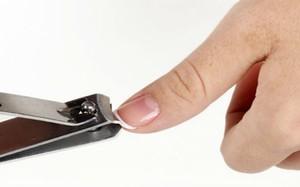 Video: Tại sao không nên cắt móng tay móng chân vào buổi tối?