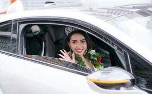 Dàn siêu xe nối đuôi đón Hoa hậu Phan Thị Mơ