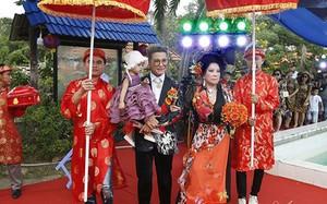 Sau ồn ào bị vợ cũ tố, MC Thanh Bạch làm đám cưới lần thứ 10