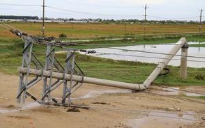 Hơn 600 cột điện gãy, đổ do bão số 5: Bộ Công thương nói gì?