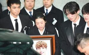 Rộ tin Jong Hyun (SHINee) hiến tạng sau khi qua đời