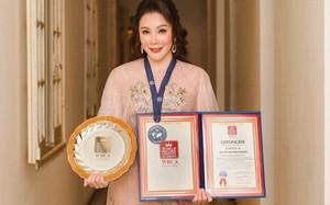 Hồ Quỳnh Hương: Từ ngôi sao hạng A đến doanh nhân độc thân