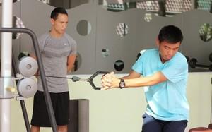 Kim Lý làm HLV thể lực cho tay vợt Lý Hoàng Nam