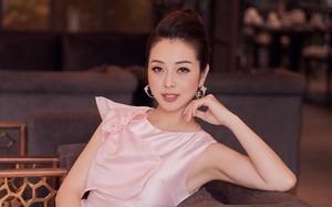 Jennifer Phạm đáp trả tay đôi khi bị mắng 'sống vô cảm mùa dịch'