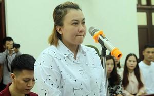Mẹ kế bật khóc tại tòa, thừa nhận đánh con riêng là sai