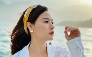 Midu thần thái chuẩn hot girl trong ngày Phan Thành đi lấy vợ