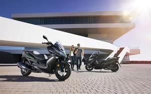 """""""Soi"""" xe ga Kawasaki J125 hơn 138 triệu đồng, đấu Honda PCX"""