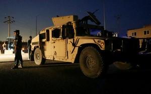 Đánh bom rung chuyển thủ đô Kabul