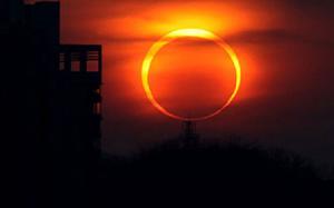 """Bầu trời sắp xuất hiện """"vòng lửa"""" khiến giới thiên văn học sốt sắng"""