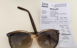 Mua kính ở Jess Lotte Hà Nội giá 10 triệu, khách hàng ngậm đắng