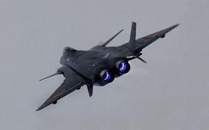 J-20 có gì mà Trung Quốc mang ra dọa cả Ấn Độ lẫn Đài Loan?