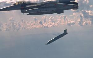 Mỹ vừa bất ngờ phóng siêu tên lửa mạnh khủng khiếp ngay cạnh Nga
