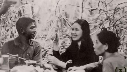 Video: Đinh Thị Vân - Nữ anh hùng đầu tiên của TBQP Việt Nam [4]