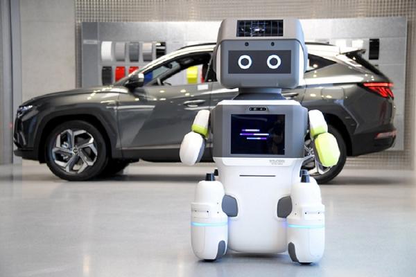 Robot của Hyundai chăm sóc khách tại đại lý ôtô như thế nào?