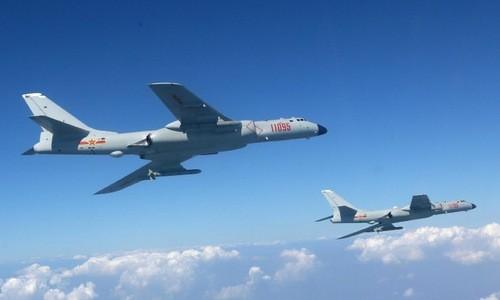 Trung Quốc cần 100 máy bay H-6 mới tiêu diệt được một tàu sân bay Mỹ?