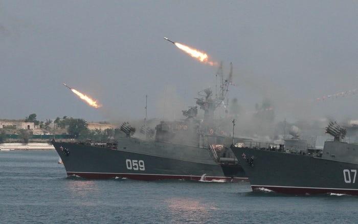 Liên Xô lên kịch bản cách tiêu diệt tàu sân bay Mỹ