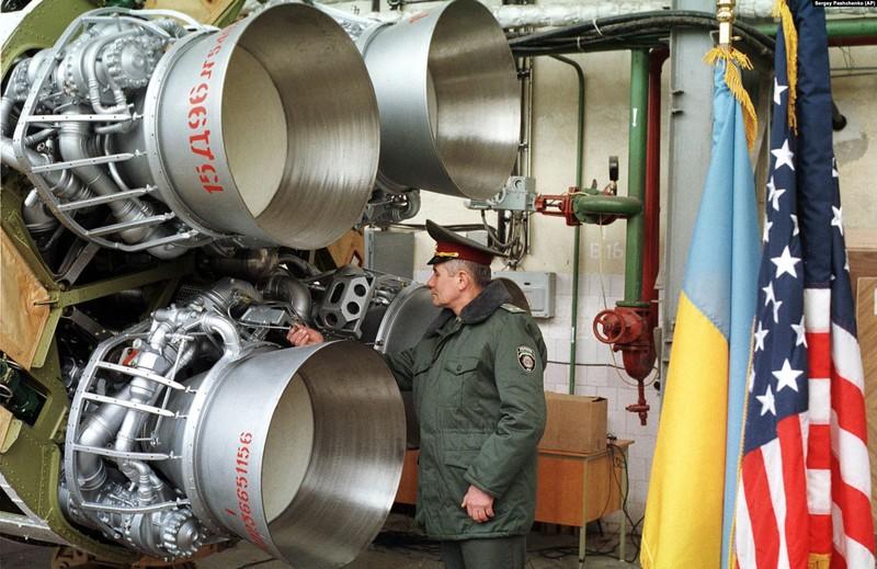 Ukraine dọa sẽ phát triển vũ khí hạt nhân nếu không được vào NATO