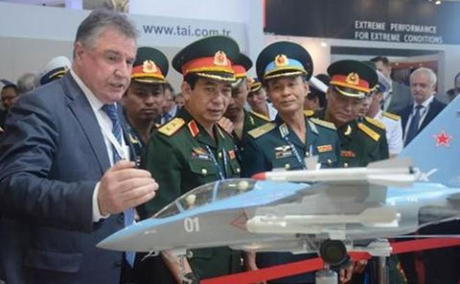 Báo Nga: Việt Nam là quốc gia đầu tiên quan tâm đến Su-57