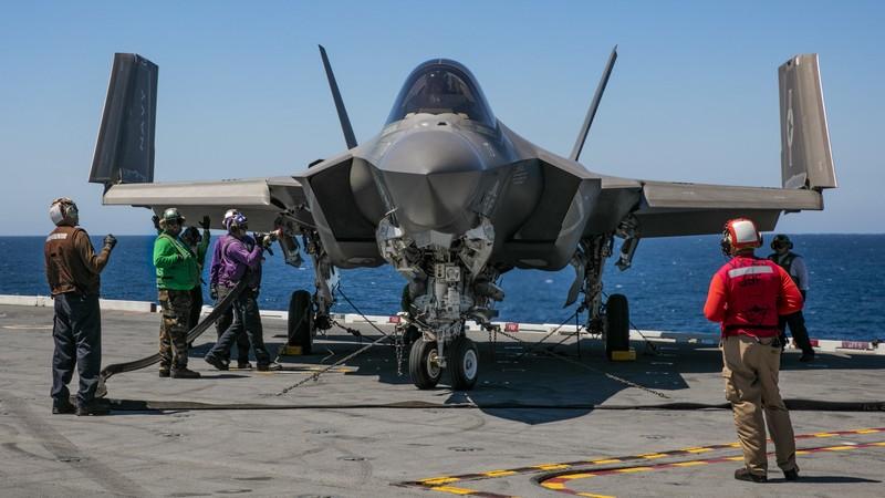 Lý do Hải quân Mỹ không thể trang bị toàn bộ bằng F-35C