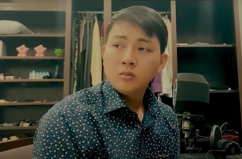 Hình ảnh Hoài Lâm tái xuất sau thời gian im ắng