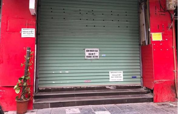 Hàng quán phố cổ Hà Nội nghỉ Tết kéo dài