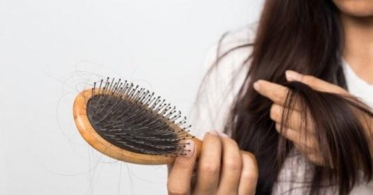 Mẹo chữa rụng tóc sau sinh cho mẹ bầu