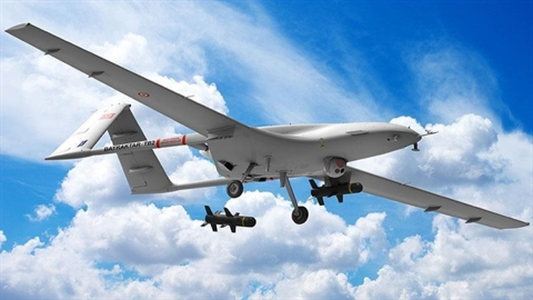 UAV pha huy 2 may bay Il-76 Ukraine tai Lybia-Hinh-2