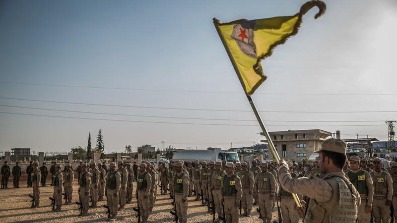 Tong thong Donald Trump tuyen bo soc ve nguoi Kurd