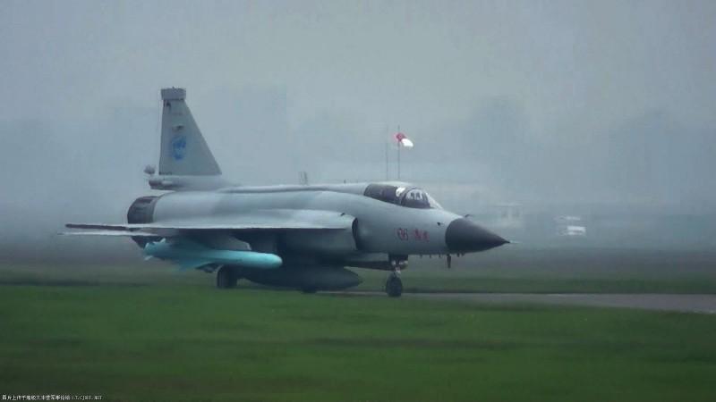 Trung Quoc ban tiem kich JF-17 Thunder cho Myanmar voi gia re khong tuong-Hinh-10