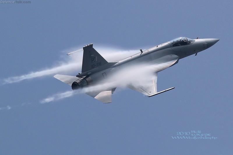 Trung Quoc ban tiem kich JF-17 Thunder cho Myanmar voi gia re khong tuong-Hinh-11