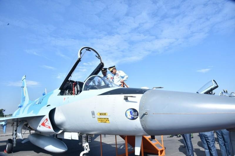 Trung Quoc ban tiem kich JF-17 Thunder cho Myanmar voi gia re khong tuong-Hinh-3