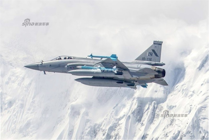 Trung Quoc ban tiem kich JF-17 Thunder cho Myanmar voi gia re khong tuong-Hinh-8