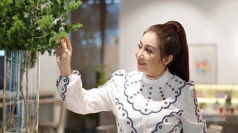 Doi truan chuyen, tuoi 50 khong chong con cua Thoai My-Hinh-6