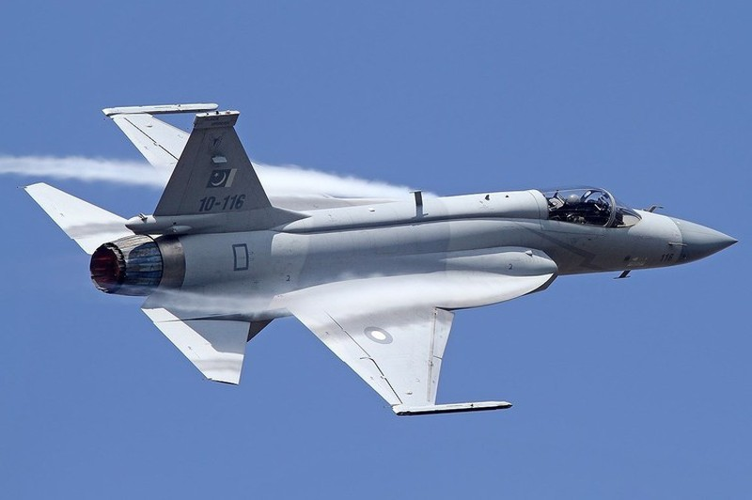 Duoc Nga giup nang cap dong co, JF-17 Trung Quoc se het e am?-Hinh-15