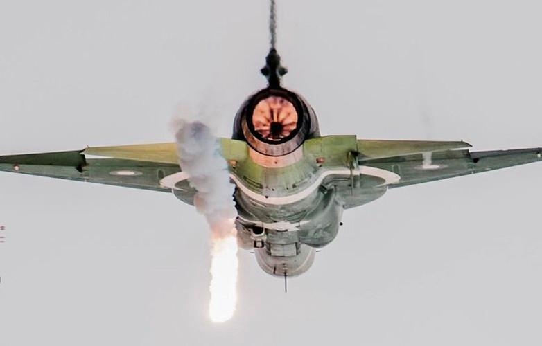 Duoc Nga giup nang cap dong co, JF-17 Trung Quoc se het e am?-Hinh-4