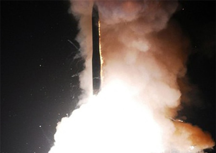 Ten lua dan dao Minuteman III cua My khien phong khong Nga bo tay-Hinh-5