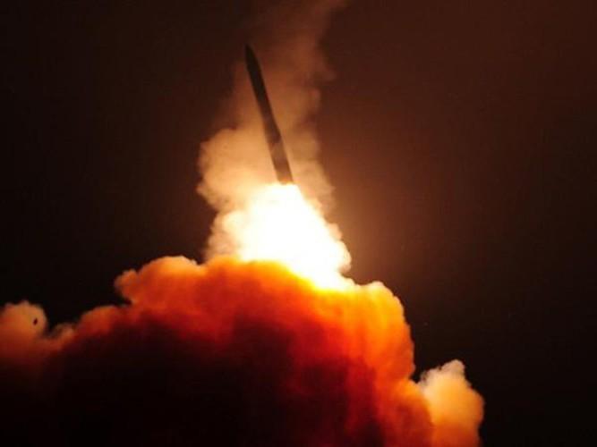 Ten lua dan dao Minuteman III cua My khien phong khong Nga bo tay-Hinh-6