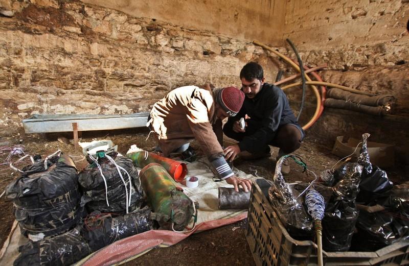 Dot nhap lo vu khi phien quan Syria, kinh hoang nhung thu ben trong-Hinh-10